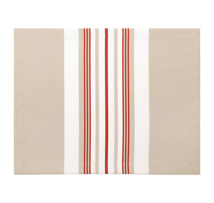 Set de table beige et rouge